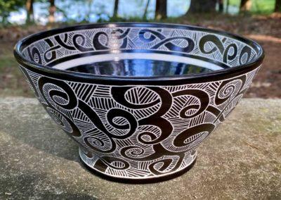 Guggina sgraffito bowl